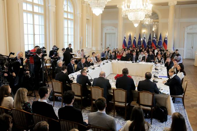 "President Pahor holds consultation on ""the freedom of speech and hate speech"""
