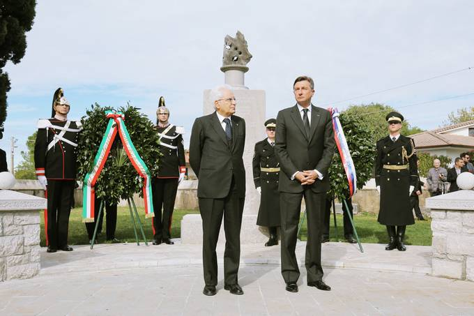 President Pahor and Italian President Mattarella attend the ceremony upon the unveiling of a monument dedicated to Slovenian soldiers who died on the Isonzo Front between 1915 and 1917