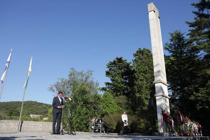 Slovenian and Croatian Presidents together for the first time at a memorial ceremony on the anniversary of the liberation of the former Italian fascist concentration camp Kampor on Rab island