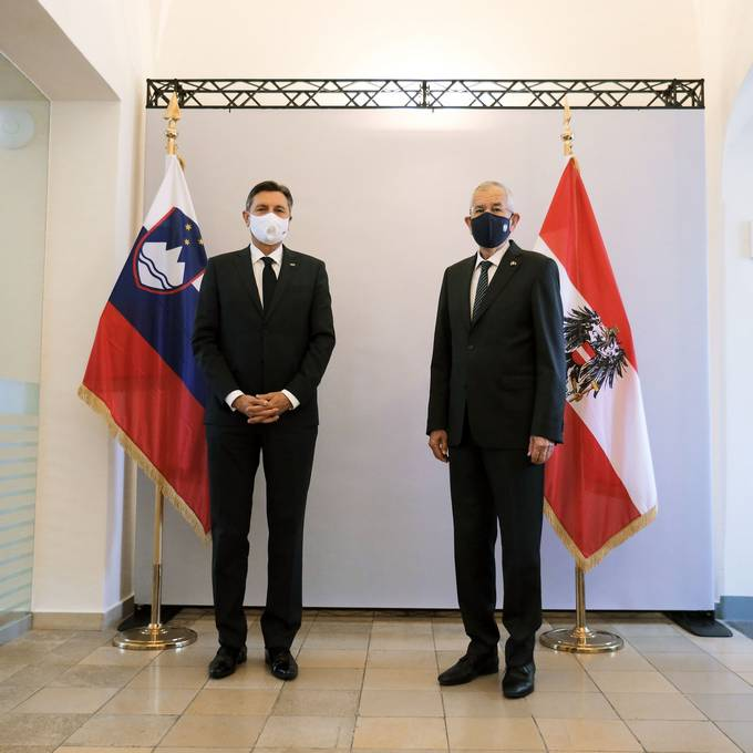 The President of the Republic of Slovenia, Borut Pahor, and the Federal President of the Republic of Austria, Alexander Van der Bellen, jointly attend the commemoration of the 100th anniversary of the Carinthian plebiscite
